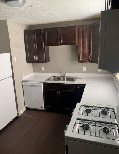Calloway Cove Apartments - kitchen